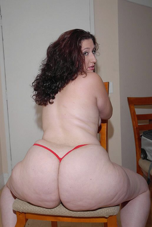 And sexy; chubby milf with huge ass work
