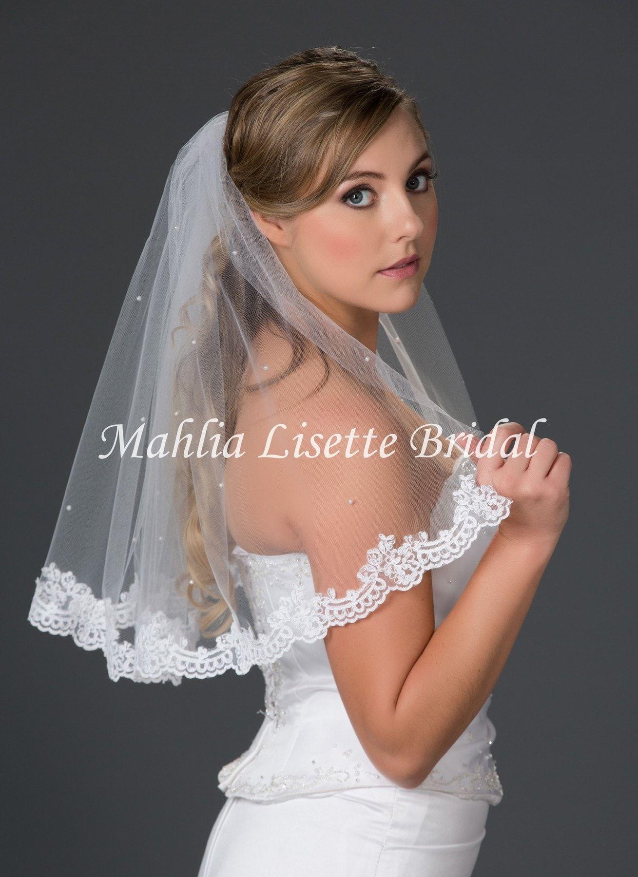Bridal Veil Short Middle Length Lace Bridal Veil