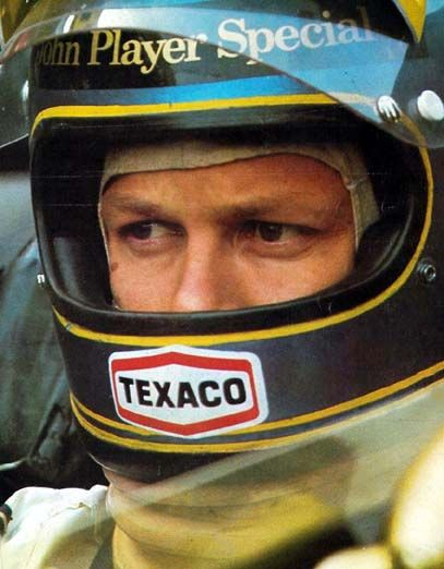 http://www.ronniepeterson.se/subc/images/1973/rp_1973_jps_lotusstallet.jpg