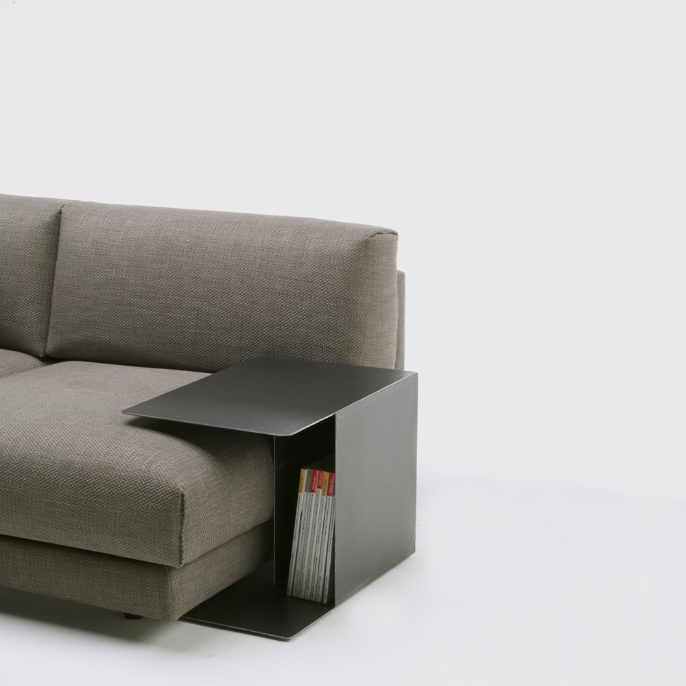 Mesita Auxiliar Serie Family Lounge De Living Divani Por Piero Lissoni Exclusive Furniture Furniture Family Room
