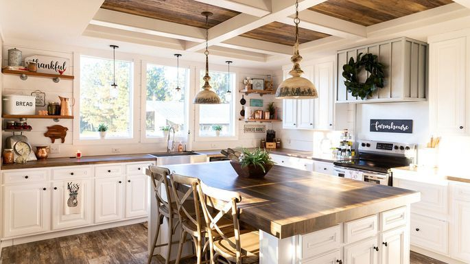 Want A Fixer Upper Farmhouse Style Home For 60k Here S How To Get It Fixer Upper Farmhouse Fixer Upper Kitchen Farmhouse Style House