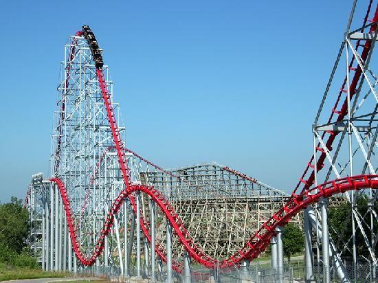 Worlds Of Fun The Mamba Worlds Of Fun Roller Coaster Ocean Fun