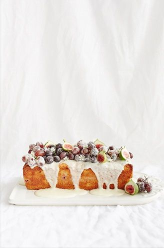 yoghurt grape loaf cake.