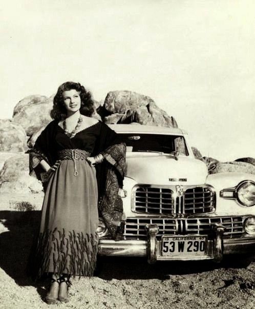 Hayworth  (1918  1987) with her 1947 Lincoln.Rita Hayworth  (1918  1987) with her 1947 Lincoln.  Ma