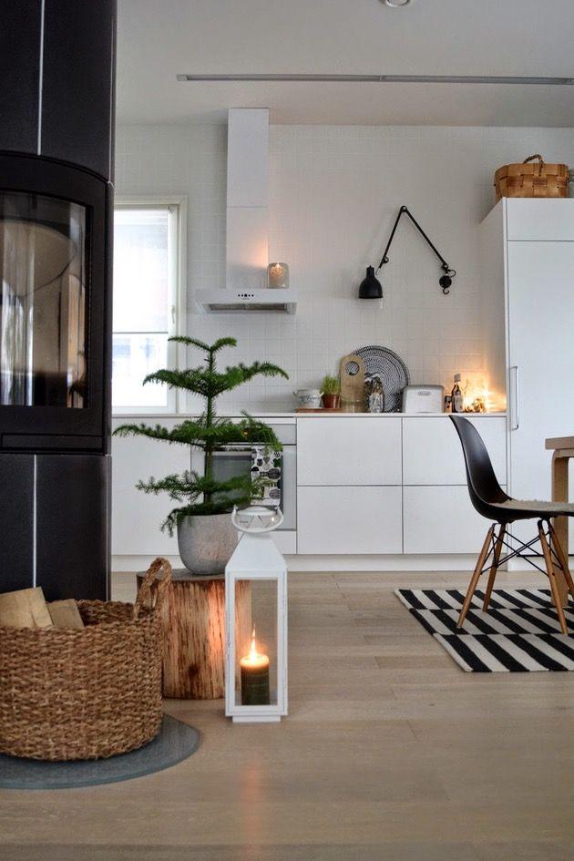 Weiß+Holz, Bast, Kerzenschein, Pflanze, Schwarz \u003d schöne Atmo