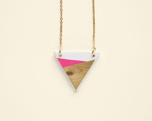 """Collier """"Geometry is fun"""" / Rose et bois / Depeapa"""
