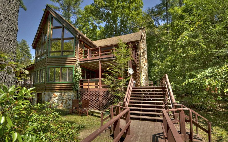 North georgia riverfront log cabins homes for sale cabin for Compact cottages georgia