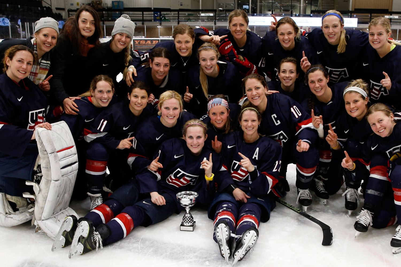 womens hockey team opened - HD1500×1000