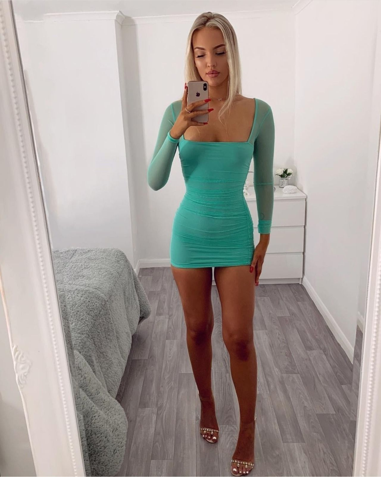 Pin by Maggie on Outfit Ideas   Mini skirts, Tight dresses