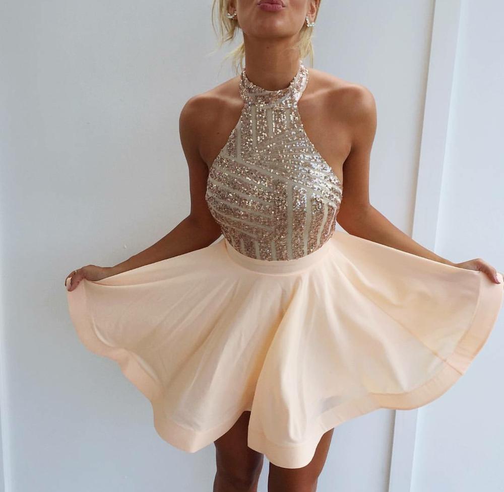Vestidos elegantes para fiestas cortos