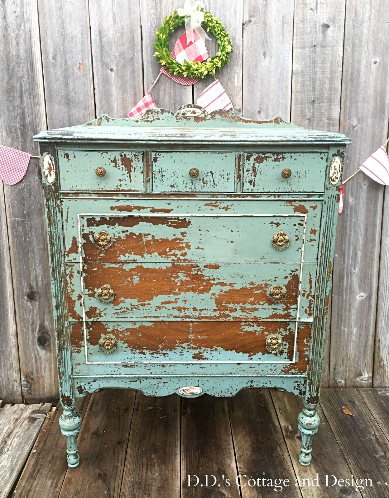 D.D.\'s Cottage and Design: Chippy Goodness in a Dresser | Redeemed ...