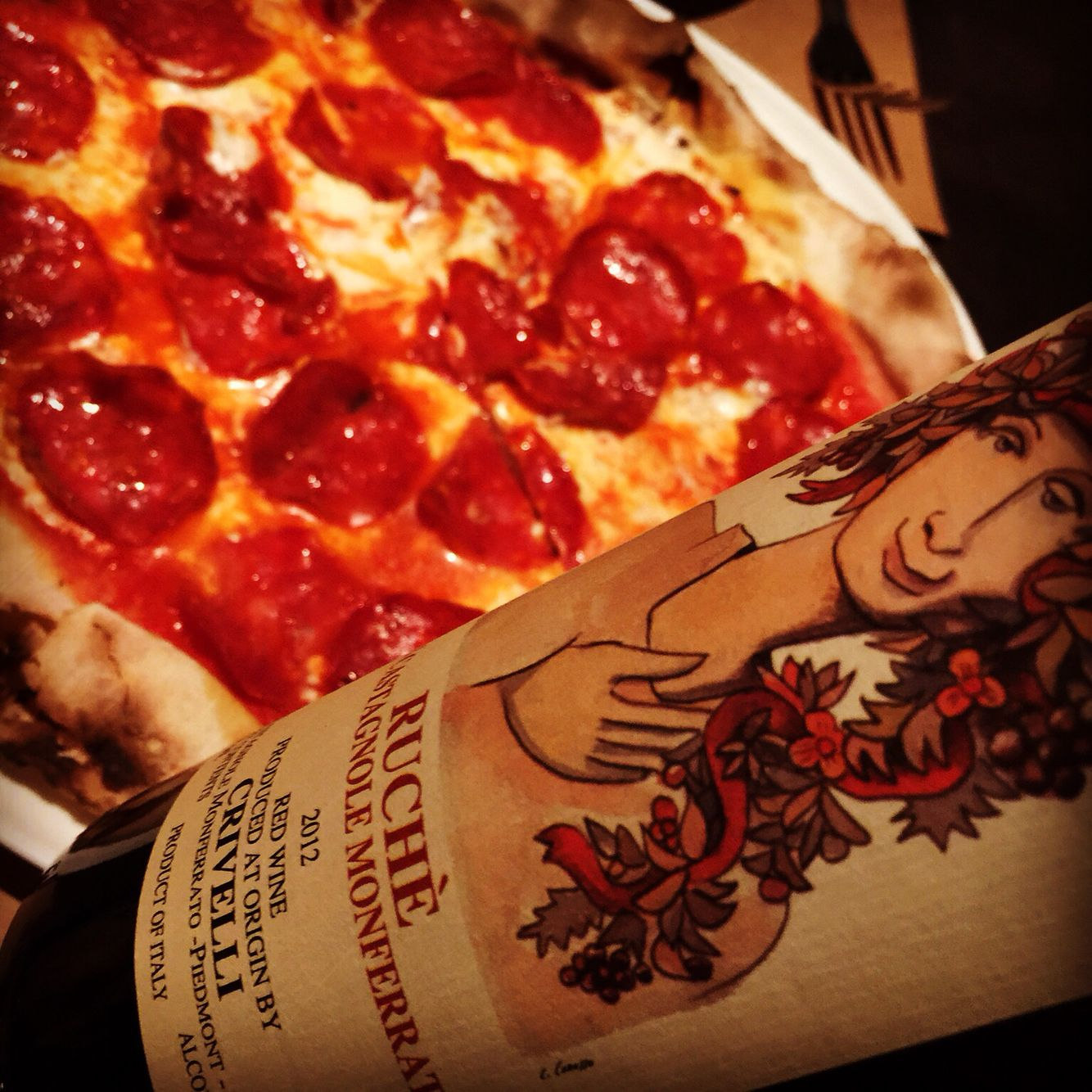 Life Affirming Pizza At Nyc S New Marta With Lithe Floral Peppery Crivelli Ruche A Rare Indigenous Red Fr Piedmonte Delicious Pizza Food