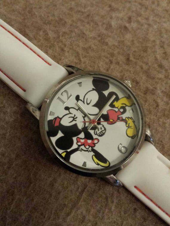 Accutime Disney Stainless Steel Case Back Japan Movement Etsy Stainless Steel Case Beautiful Watches Bracelet Watch