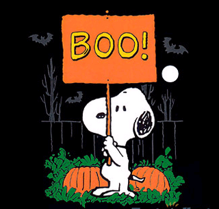 Peanuts Snoopy Halloween Cards Png 320 305 Snoopy Halloween Charlie Brown Halloween Peanuts Halloween