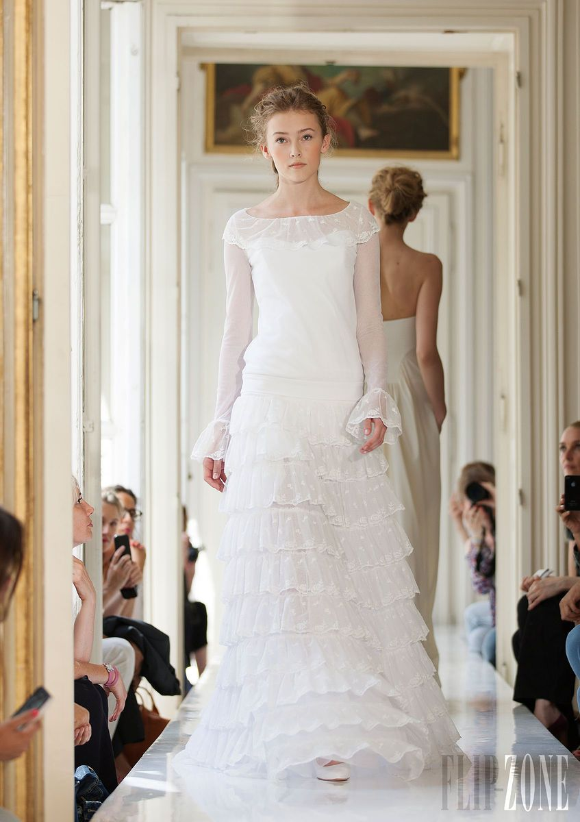 Free wedding dress  Pin by Sabrina D on Clothes  Pinterest  Wedding dress and Weddings