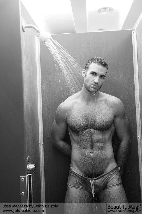Pingl par jhon iphone sur good looking pinterest douches sous la douche et hommes - Masturbation douche homme ...