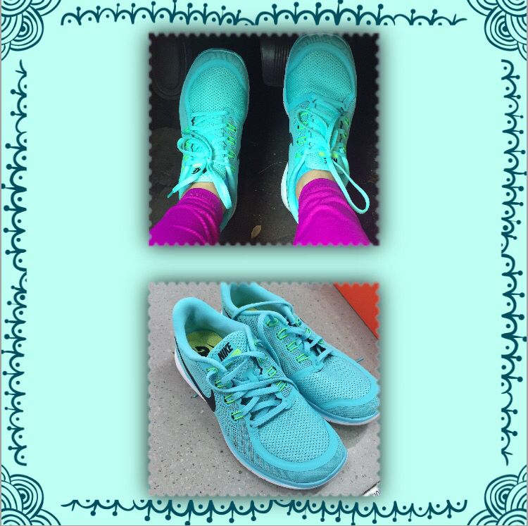 Love my vibrant color Nike running shoes! Fitness OutfitsNike ...