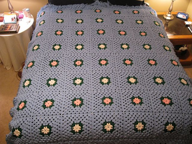 Ravelry: True Blood Water Lily Blanket pattern by Sara Muckian ...