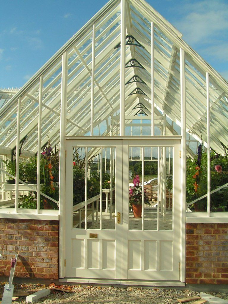 Building a greenhouse plans mini greenhouse greenhouse plans and do it yourself mini greenhouses off the grid news solutioingenieria Image collections