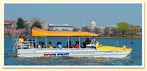 washington dc duck tour on water
