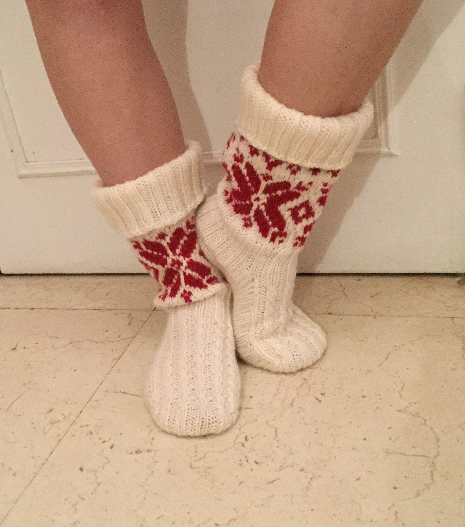 Chaussettes pure laine, tricotés main. Chaussettes jacquard