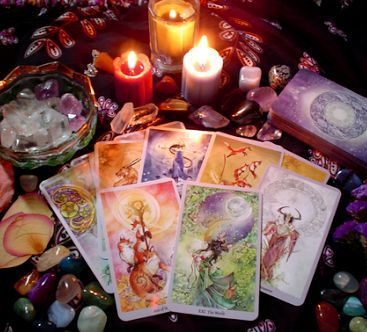 A Magia De Um Amuleto Com Imagens Cartas De Tarot Tarot