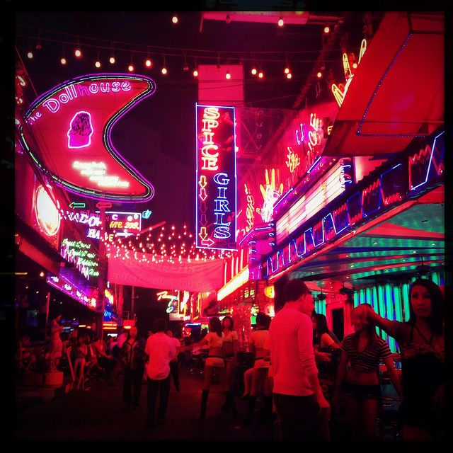 Soi Cowboy Red Light District Bangkok Thailand In 2020 Red