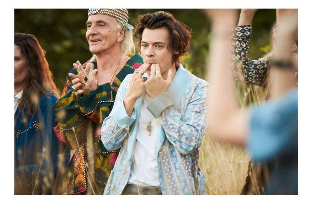 Pin By Monelli On Harry Styles In 2019 Harry Styles Photos