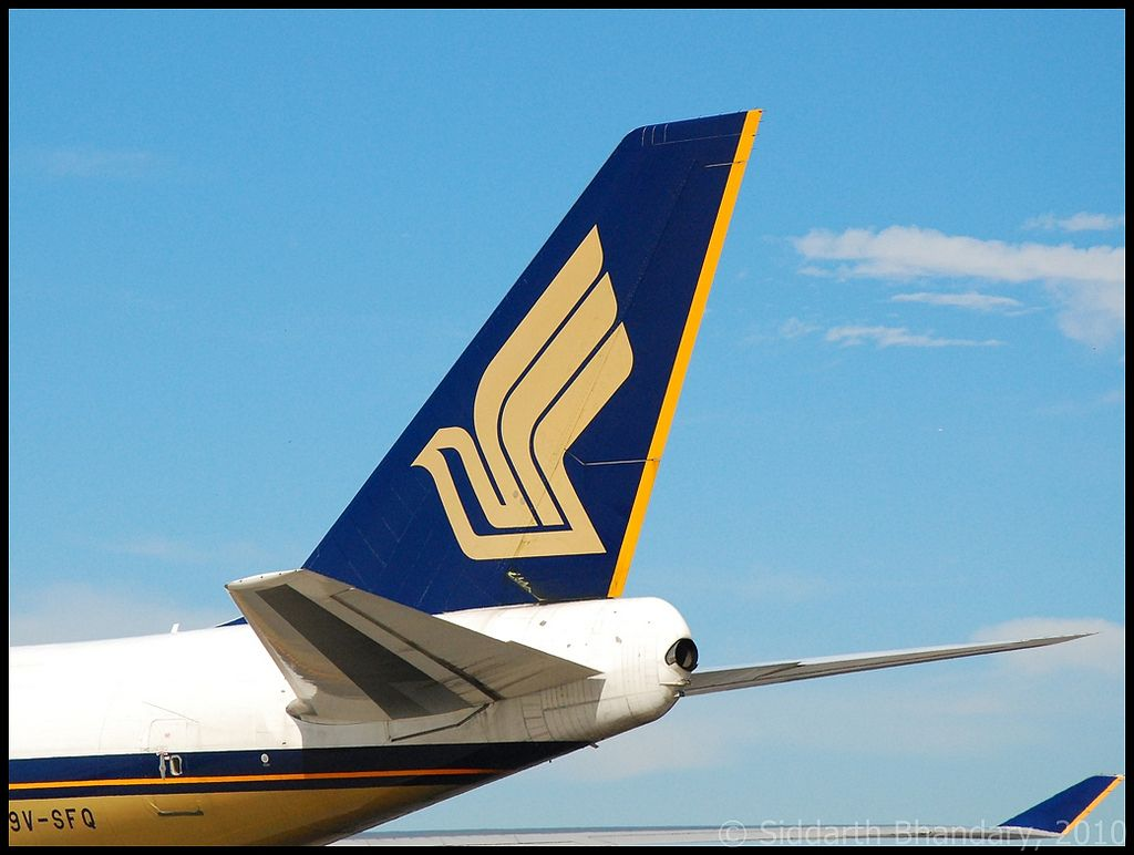 Image Issue Du Site Web Https Farm6 Staticflickr Com 5283 5308926681 86bf61f969 B Jpg Singapore Airlines Aircraft Singapore