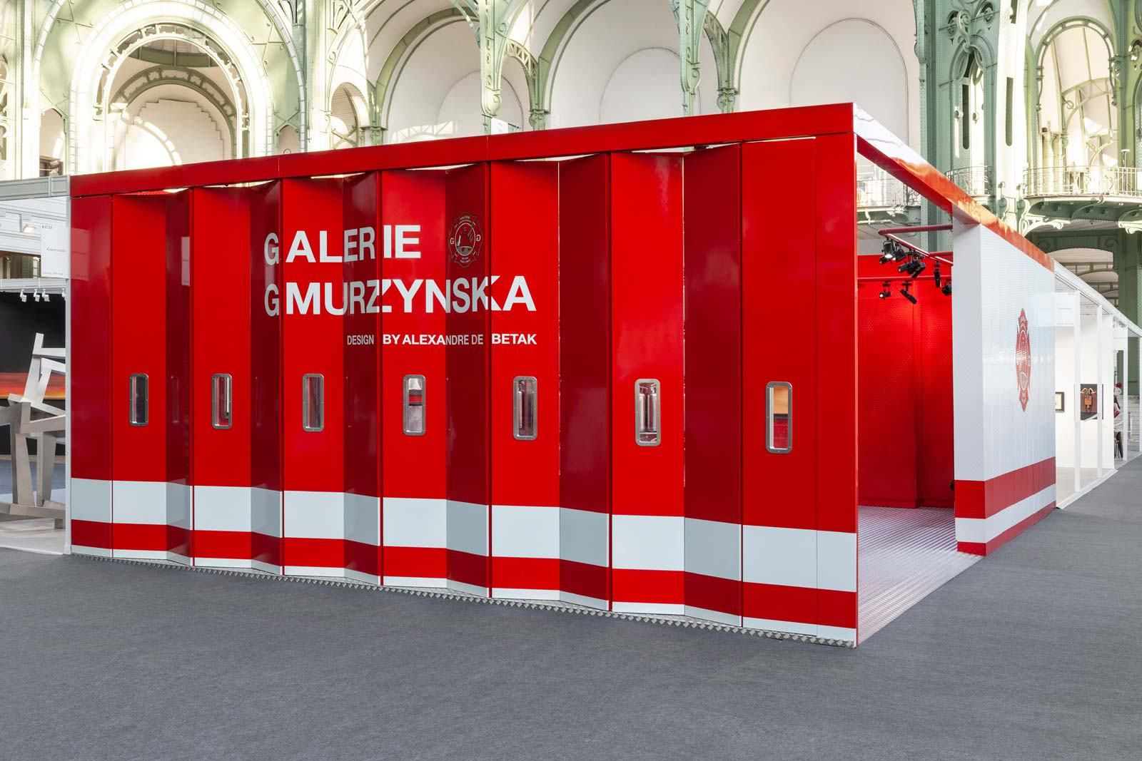 Online Galerie Galerie Gmurzynska Fire-themed Booth At The Fiac [paris] | Theme, Store Design, Design