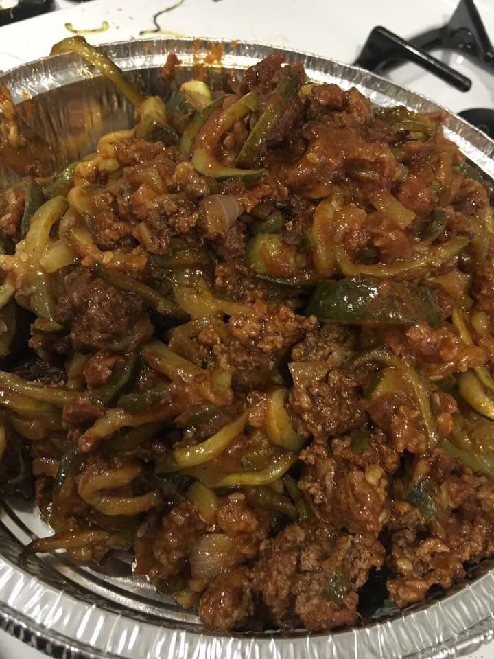 Zucchini And Ground Beef Saute Onion Add Beef Season With Allspice Cinnamon Brown Meat Add Spiralized Zucchini Toss Togethe Stuffed Peppers Beef Recipes