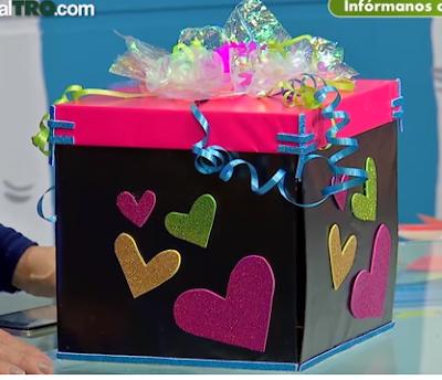 Aprende Cómo Hacer Una Caja Explosiva Para Regalos Originales Lodijoella Como Hacer Cajas Sorpresa Cómo Hacer Una Caja Hacer Cajas De Regalo