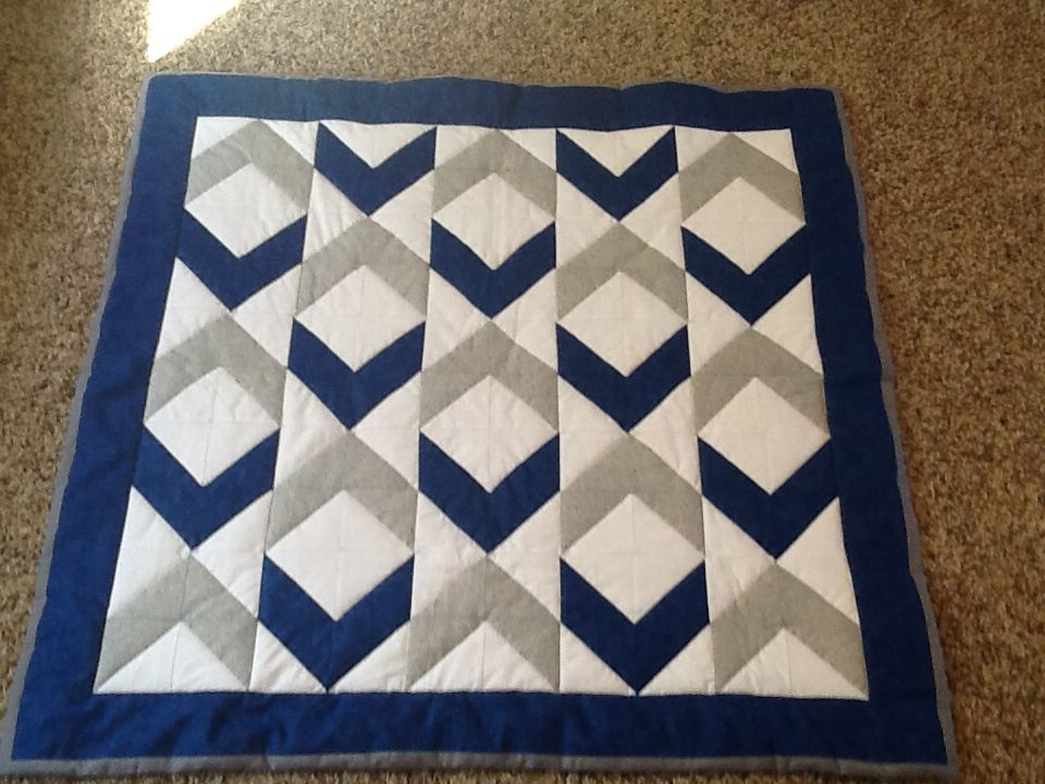 Baby Boy Quilt Royal Blue Grey And White Diamond Pattern Hst Blocks Hand Quilted And Bound Flannel Backed Blue Quilt Patterns Baby Boy Quilts Boy Quilts