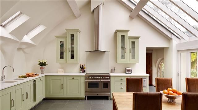 cooking apple green kitchen harvey jones shaker kitchen painted in farrow amp 5760