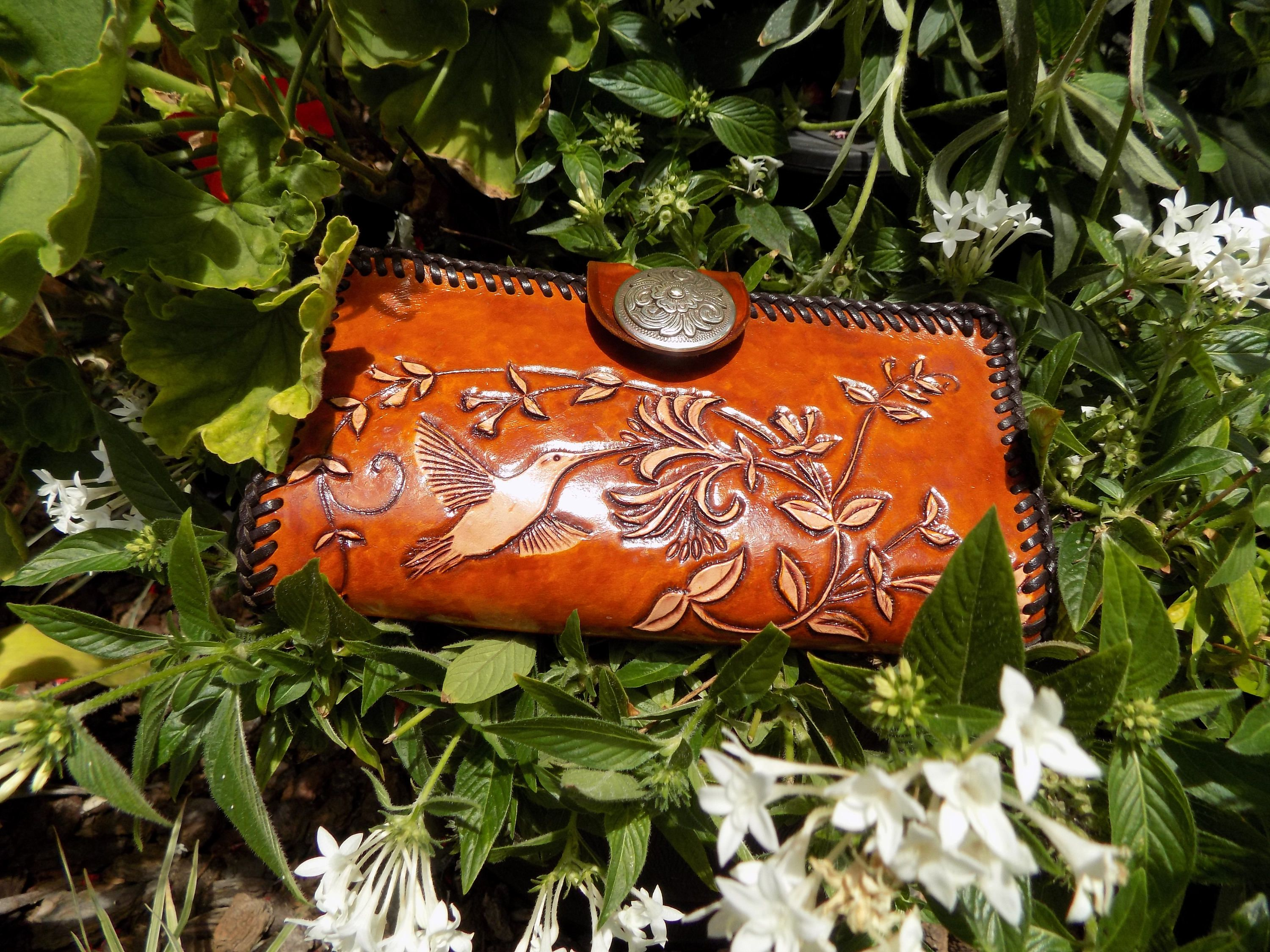 Wallet / Clutch / Women / Humming Birds and Flowers / Custom / Hand Carved and Tooled / Leather / Woman Coin Purse /Hand Crafted / Checkbook