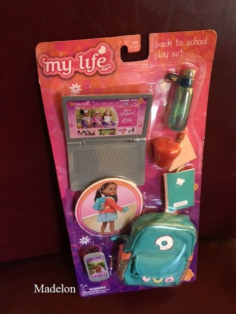 Living A Doll's Life : *REVIEW* My Life As....Casual Outfit and Back to School Play Set #dollaccessories