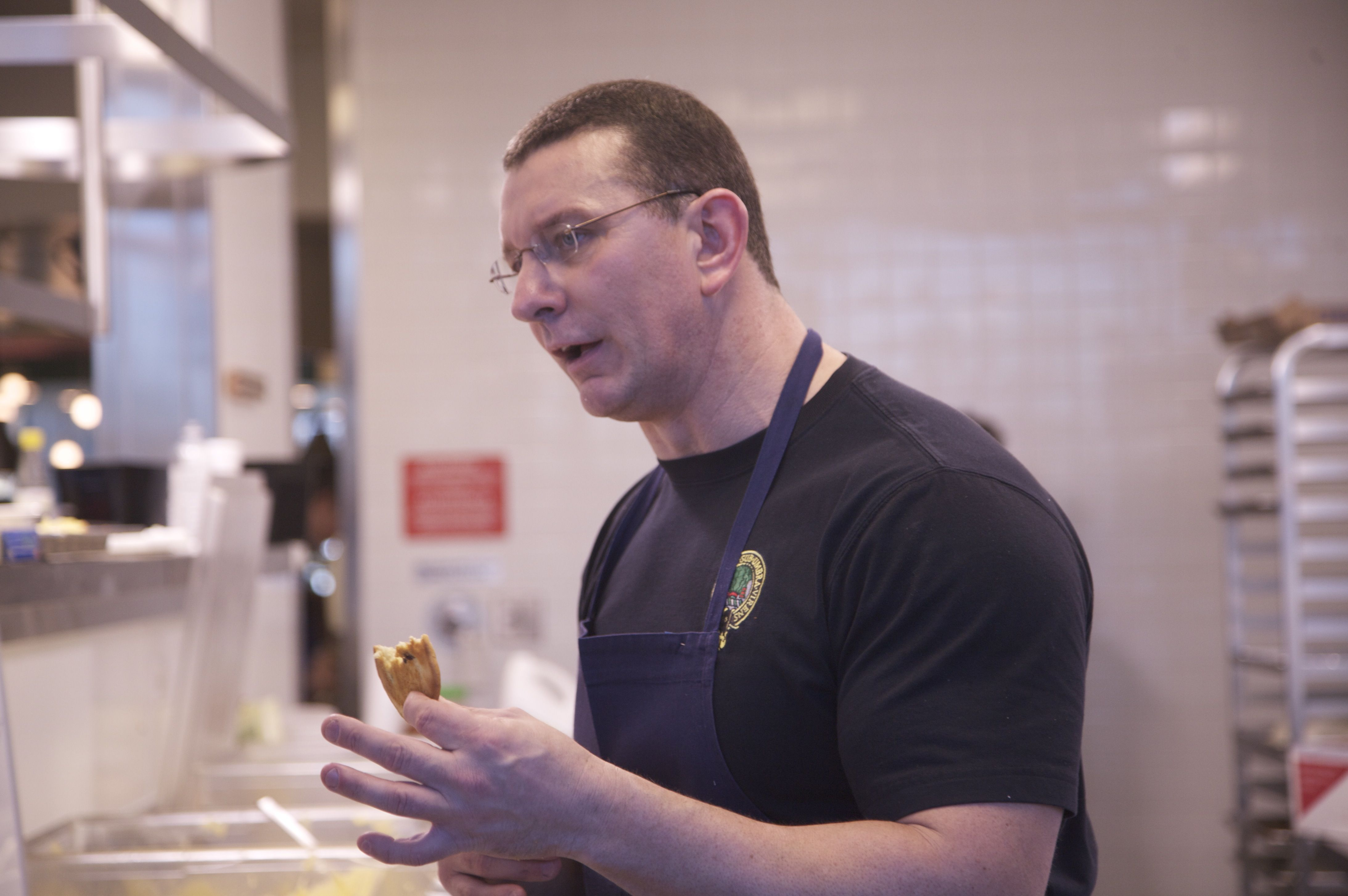 My Favorite Chef On The Planet, Celebrity Chef Robert Irvine I Like Him  Because