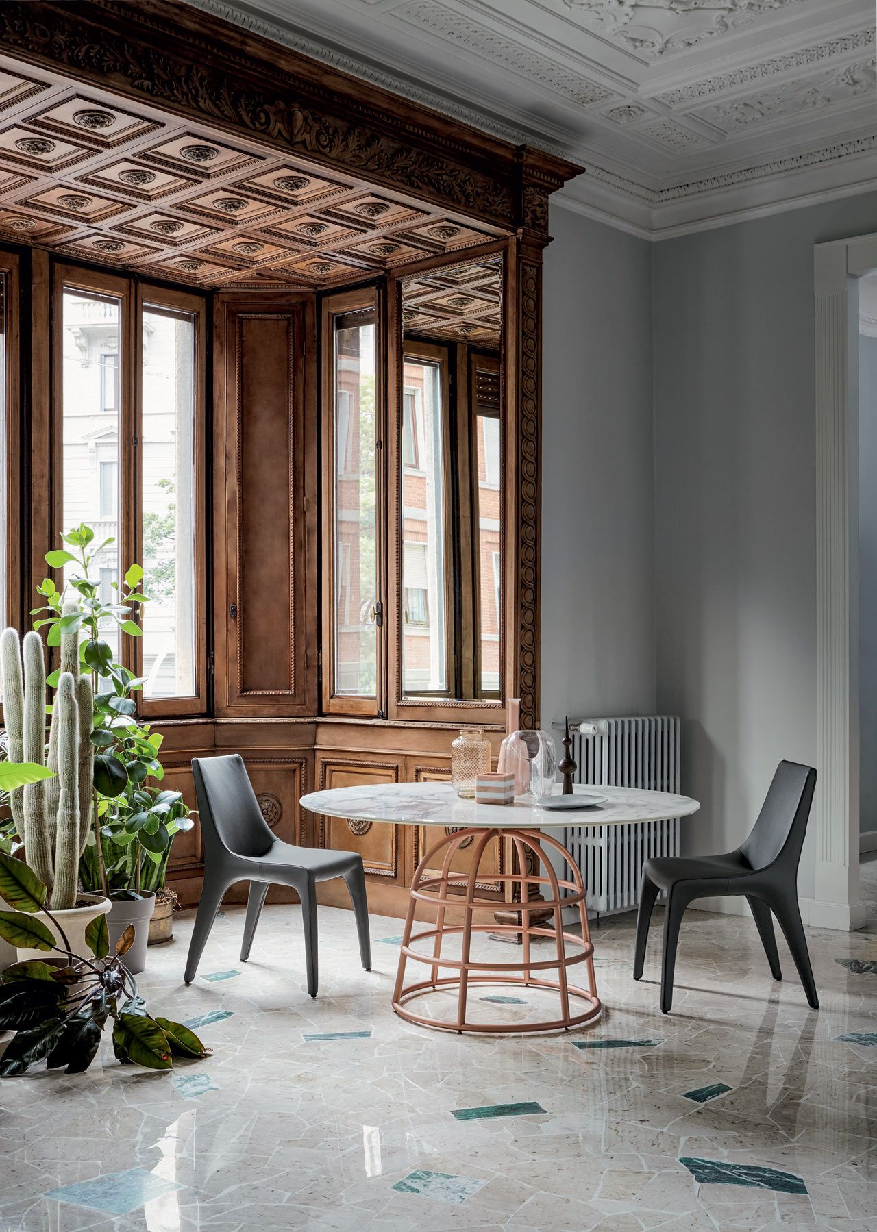 Cheeky Table Incorporates A Birdcagelike Base  Woods Interiors Gorgeous Wire Dining Room Chairs 2018