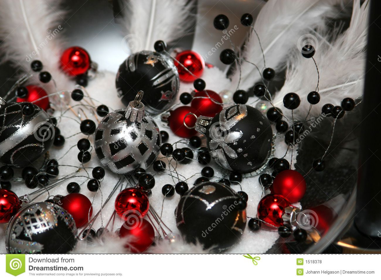 Decorations red black and white - Black And White Christmas Royalty Free Stock Photos Image 1518378 Red Christmas Decorationsblack