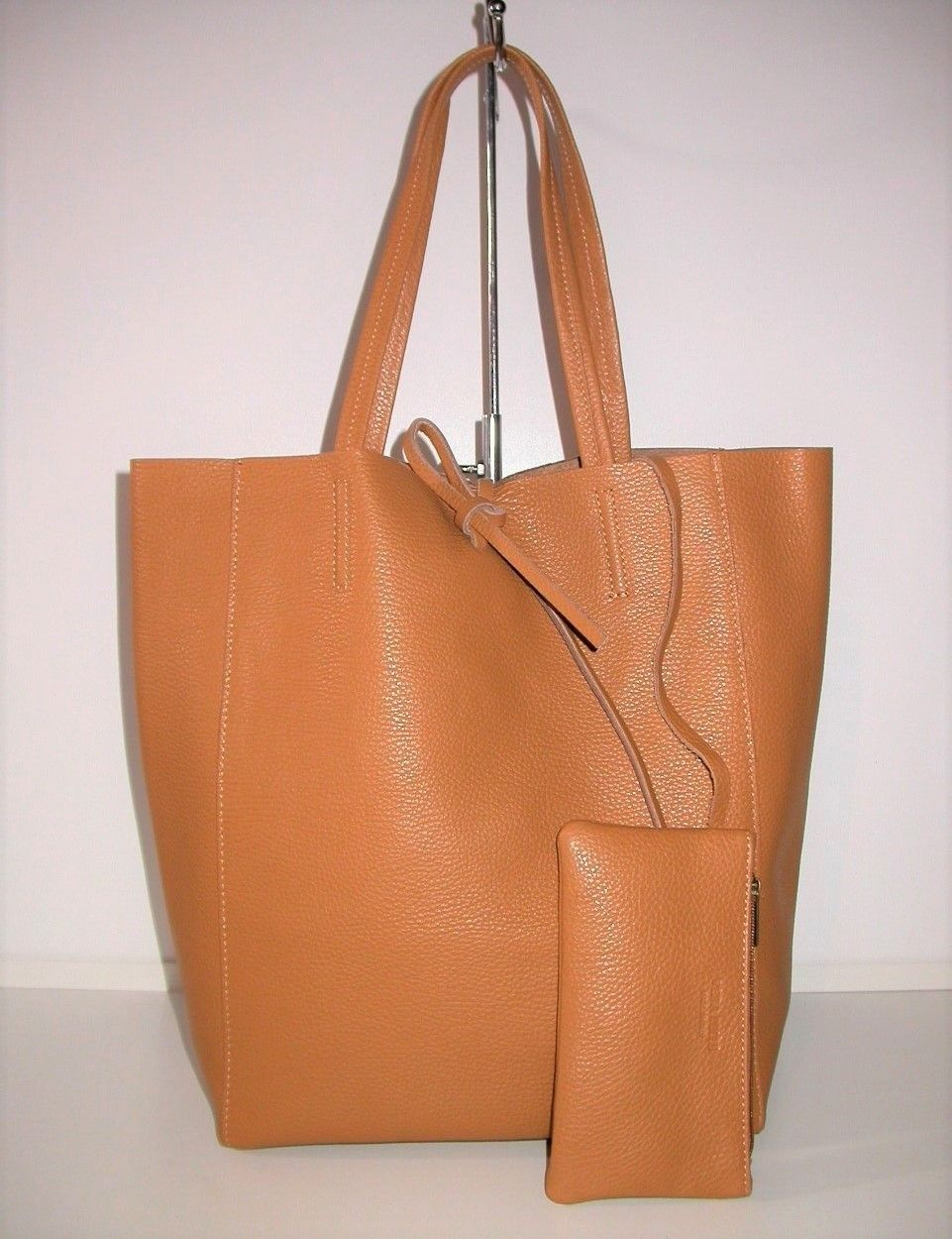 Shopper trendy tan!