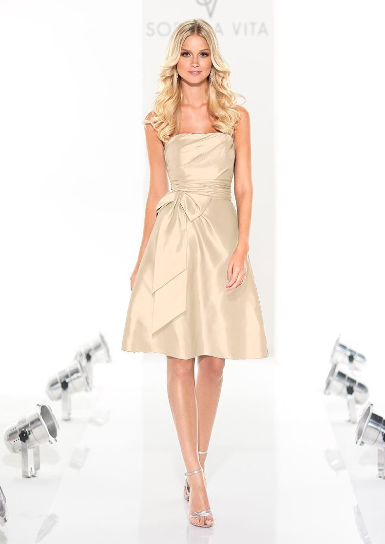 Cute idea for reception or rehearsal dress rehearsal outfits