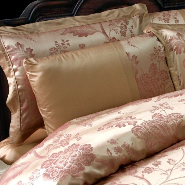 Luxury silk bed linen is made from top quality, heavyweight pure