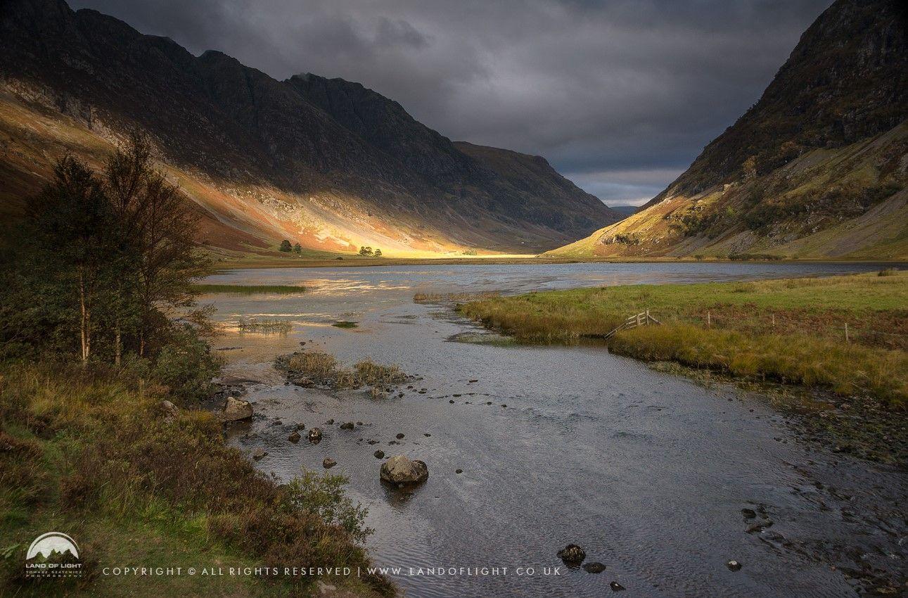 Kiss of light at Loch Achtriochtan, Glen Coe