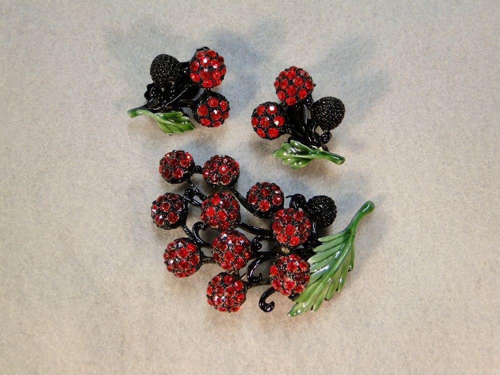 Hollycraft Japanned and Enameled Metal Rhinestone Berry Pin Brooch and Earrings #Hollycraft