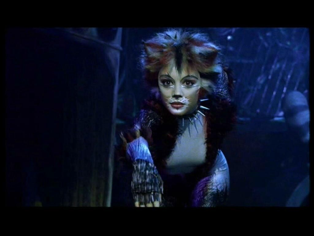 Veerle Casteleyn in Cats