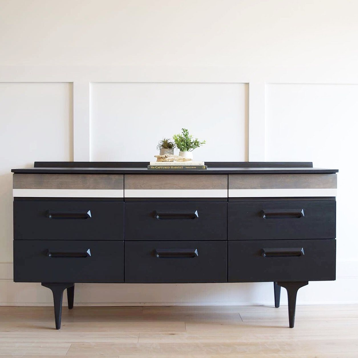 Best Mid Century Dresser Black Classic Grey Stain By Minwax 640 x 480