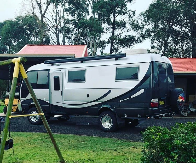 5538709269 Motorhome based on EnduroCo 4WD Toyota Coaster with 190mm body lift kit   toyota  hino  toyota4x4  toyotanation  toyotacoaster  motorhome  rv   camping ...