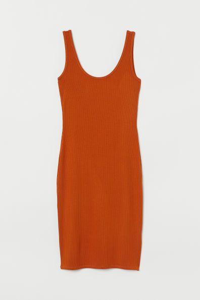 90d3e1bba07d04 Nauwsluitende tricot jurk Model