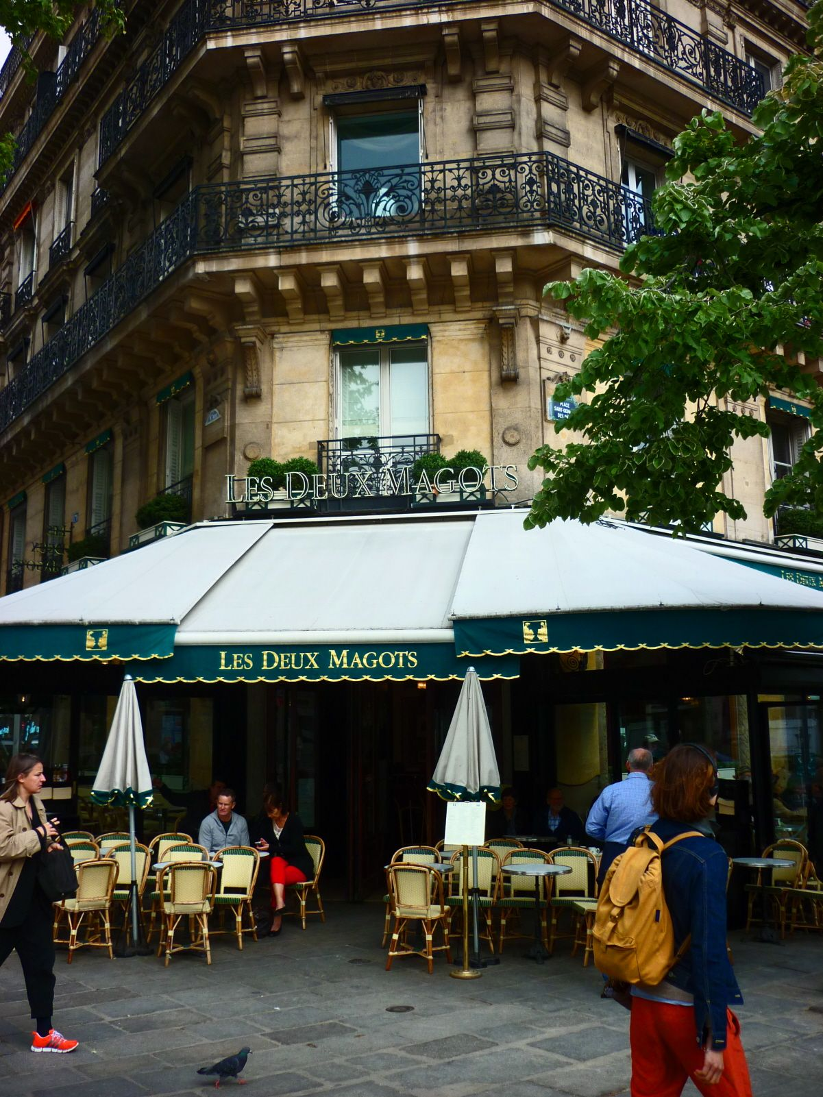 Les Deux Magots Famous French Restaurant In Paris