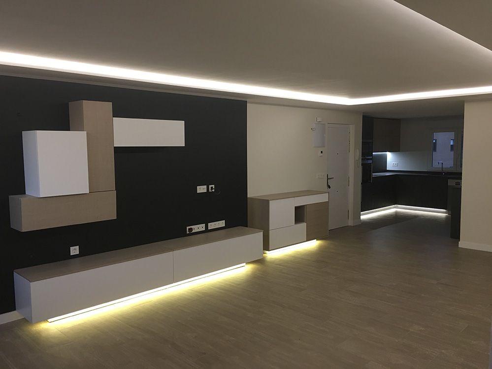 Cocina pequeña, moderna en una esquina del salón. | Cocinas modernas ...